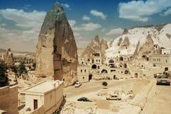 Altes cavetown nahe Goreme, Cappadocia, die Türkei Stockfotos