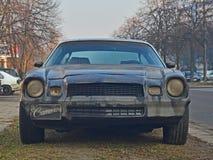 Altes Chevrolet Camaro parkte Lizenzfreie Stockfotografie
