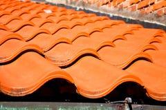 altes Dach in Italien, das von der diagonalen Architektur ist Lizenzfreies Stockfoto