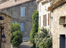 Altes Dorf in der Provence lizenzfreie stockfotos