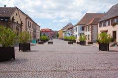 Altes Dorf in Frankreich lizenzfreie stockbilder
