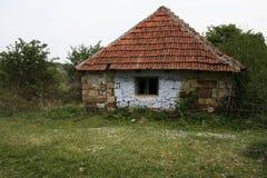 Altes Dorf-Haus Lizenzfreie Stockfotografie