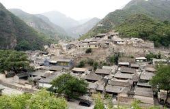 Altes Dorf im Berg. Stockbild