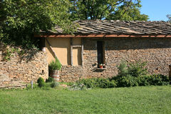 Altes Dorfhaus Lizenzfreies Stockbild
