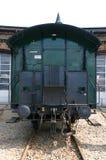 Altes Eisenbahnauto ist an einer Sackgasse Lizenzfreies Stockfoto