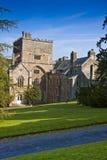 Altes englisches Abteigebäude Lizenzfreie Stockfotos