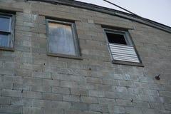 Altes Fabrikfenster Stockbild