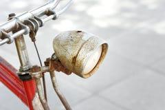 Altes Fahrrad des alten Fahrrades lizenzfreie stockfotos