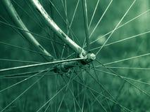 Altes Fahrradrad Lizenzfreie Stockbilder