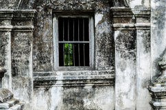 Altes Fenster auf der alten Pagode am Tempel, TH. Lizenzfreies Stockbild