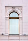 Altes Fenster in der klassischen Art stockbild