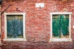 Altes Fenster in einem Haus in Venedig Lizenzfreies Stockbild