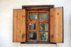 Altes Fenster in Ukraine Lizenzfreies Stockfoto