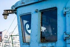 Altes Fischerboot im Hafen - Details Lieferung von alte fis Stockbilder