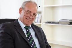 Altes Geschäftsmann Portrait stockbilder