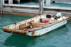 Altes geschlagenes oben Boot Stockfoto
