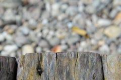 Altes hölzernes Beschaffenheitsisolat mit Steinbeschaffenheit Lizenzfreies Stockbild