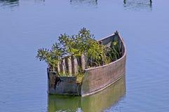 Altes hölzernes Boot im Kerkini See. Lizenzfreies Stockbild
