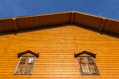 Altes hölzernes Haus Lizenzfreie Stockfotografie