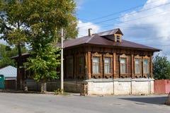 Altes hölzernes Haus Yelets Lizenzfreie Stockbilder