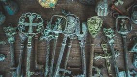 Altes Hauptschlüssel-Weinlese-Sammlungs-Foto stockfotos