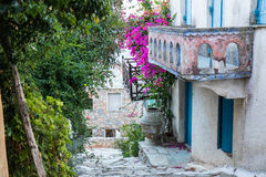 Altes Haus in Alonissos lizenzfreie stockbilder