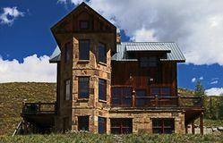 Altes Haus in Butte mit Haube Colorado stockbild