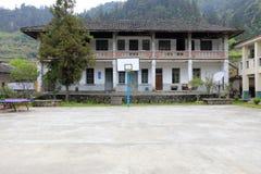 Altes Haus des Dorfausschusses, luftgetrockneter Ziegelstein rgb Stockfotografie