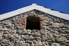 Altes Haus des luftgetrockneten Ziegelsteines Lizenzfreie Stockbilder