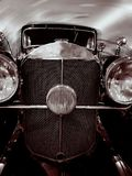 Altes historisches Auto lizenzfreie stockfotografie