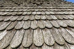 Altes historisches braunes hölzernes Dach lizenzfreie stockbilder
