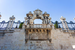 Altes historisches Eisentor von Buda Castle in Budapest stockfotos