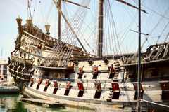 Altes hölzernes Schiff Galeone Neptun, Touristenattraktion, Genua, Italien Lizenzfreie Stockfotografie