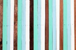 Altes Holz zu einer Wandhintergrundbeschaffenheit lizenzfreie stockfotos