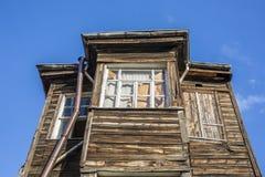 Altes Holzhaus in Kadirga-Bezirk von Istanbul, die Türkei Lizenzfreies Stockfoto