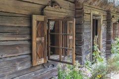 Altes Holzhausfenster Lizenzfreies Stockbild