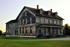 Altes Hotel Michigans Fayette im Nationalpark Stockbilder
