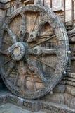 Altes Kampfwagen Rad, Tempel Konark Sun, Orissa lizenzfreie stockfotografie