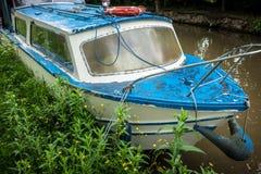 Altes Kanal-Boot Lizenzfreie Stockfotos