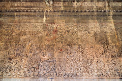 Altes Khmerflachrelief an Angkor Wat Tempel, Kambodscha Stockfotos