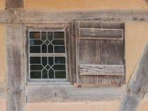 Altes klassisches Fenster Stockfotos