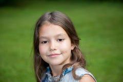 Altes Mädchen mit acht Jastimmen Stockfotografie