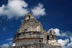 Altes Mayabeobachtungsgremium stockbilder