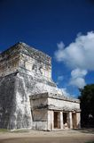 Altes Mayagebäude lizenzfreies stockbild