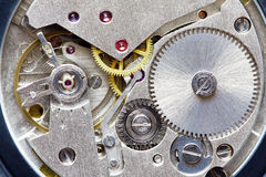 Altes Metalluhrwerk Lizenzfreie Stockbilder