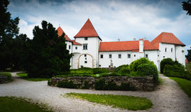 Altes mittelalterliches Schloss. Varazdin, Kroatien Lizenzfreies Stockfoto