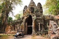 Altes Ostgatter zu Angkor Thom Stockfotografie