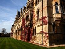 Altes Oxford-Gebäude stockbilder