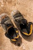 Altes Paar Schuhe. Stockfotos
