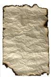 Altes Papierblatt mit gebrannten Rändern Stockfotos